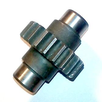 Шестерня привода помпы гидравлики